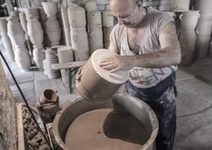 etap produkcji naczynia ceramicznego