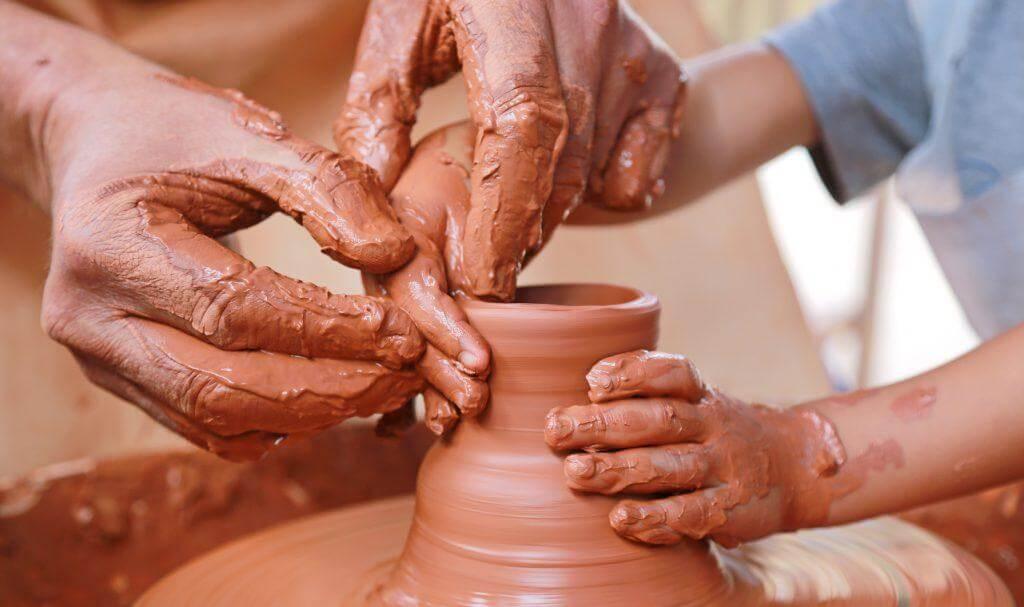 Zajęcia ceramiczne dla dzieci. Czytoma sens?